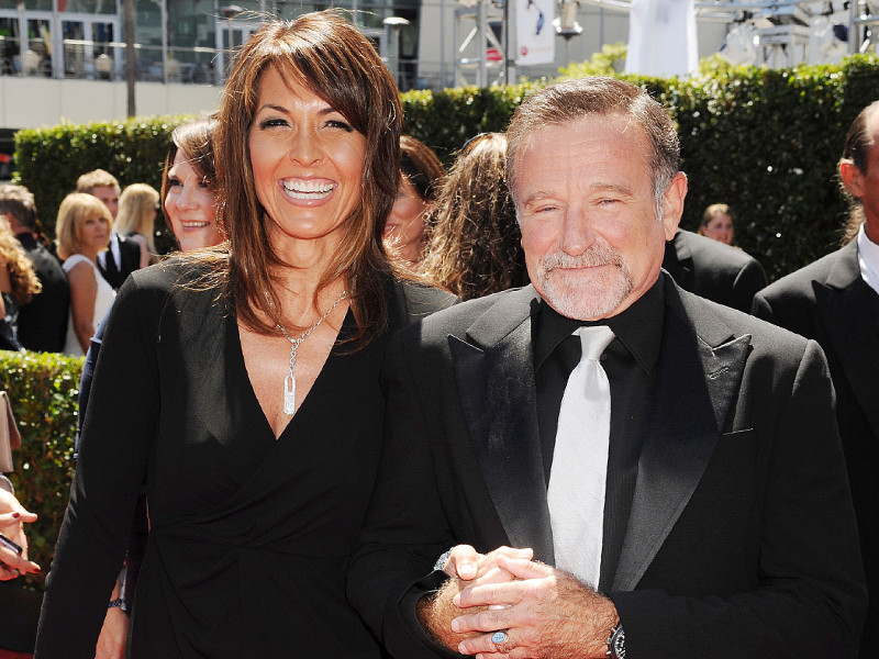 robin_williams_i_susan_schneider_00.bin