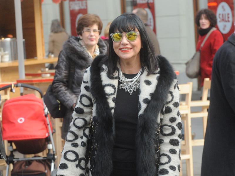 alka_vujica_800-2.bin