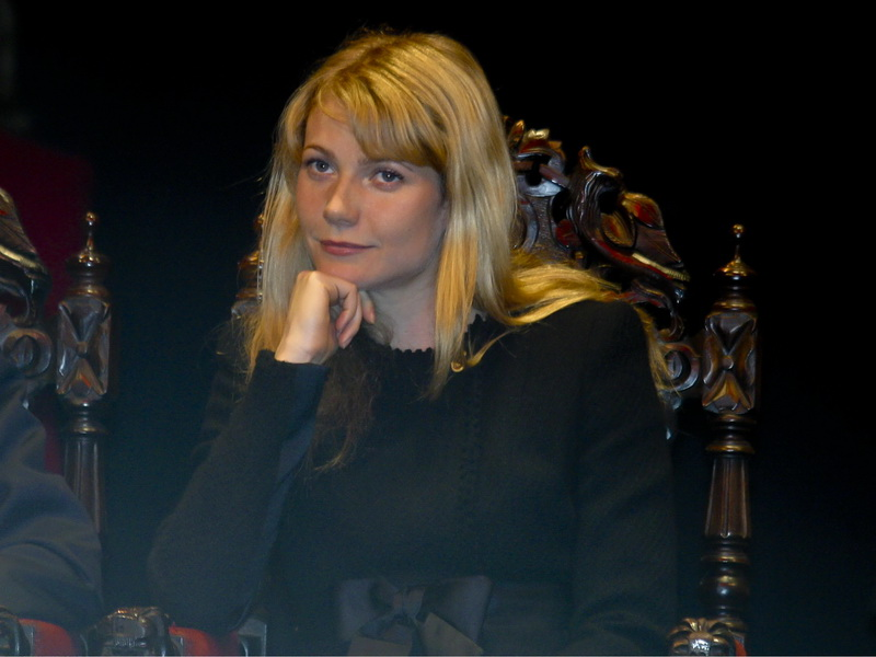 spain-gwyneth-paltrow-was-named-adoptive-daughter-of-talavera-de-la-reina.bin