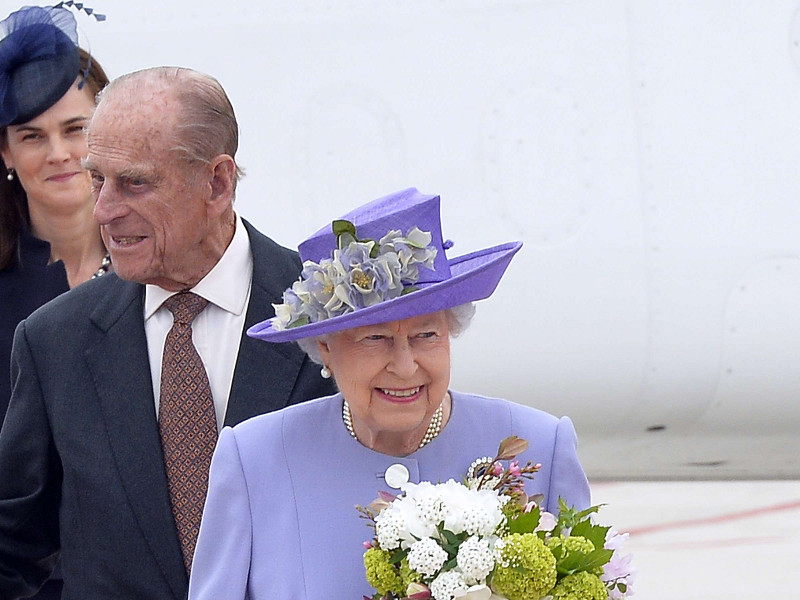 kraljica_elizabeta_i_princ_philip_00.bin