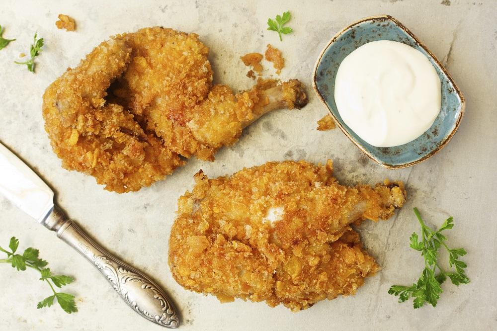 Fried chicken, breaded in corn flakes.Fried chicken, breaded in corn flakes.