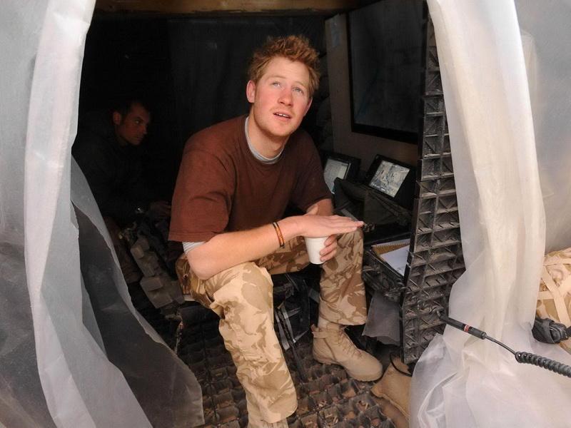 afghanistan-prince-harry-deploys-to-afghanistan.bin