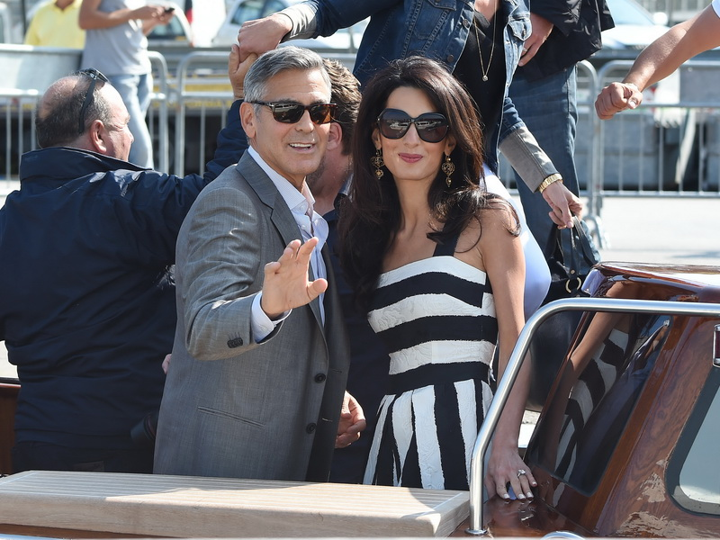 george-clooney-and-amal-alamuddin-arrive-in-venice-for-their-wedding.bin