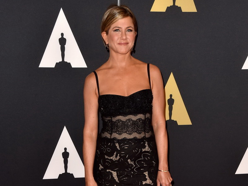 academy-of-motion-picture-arts-and-sciences-2014-governors-awards-arrivals-3.bin