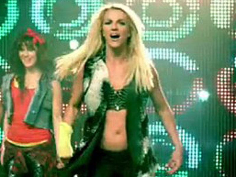 spears_britney_100912_800