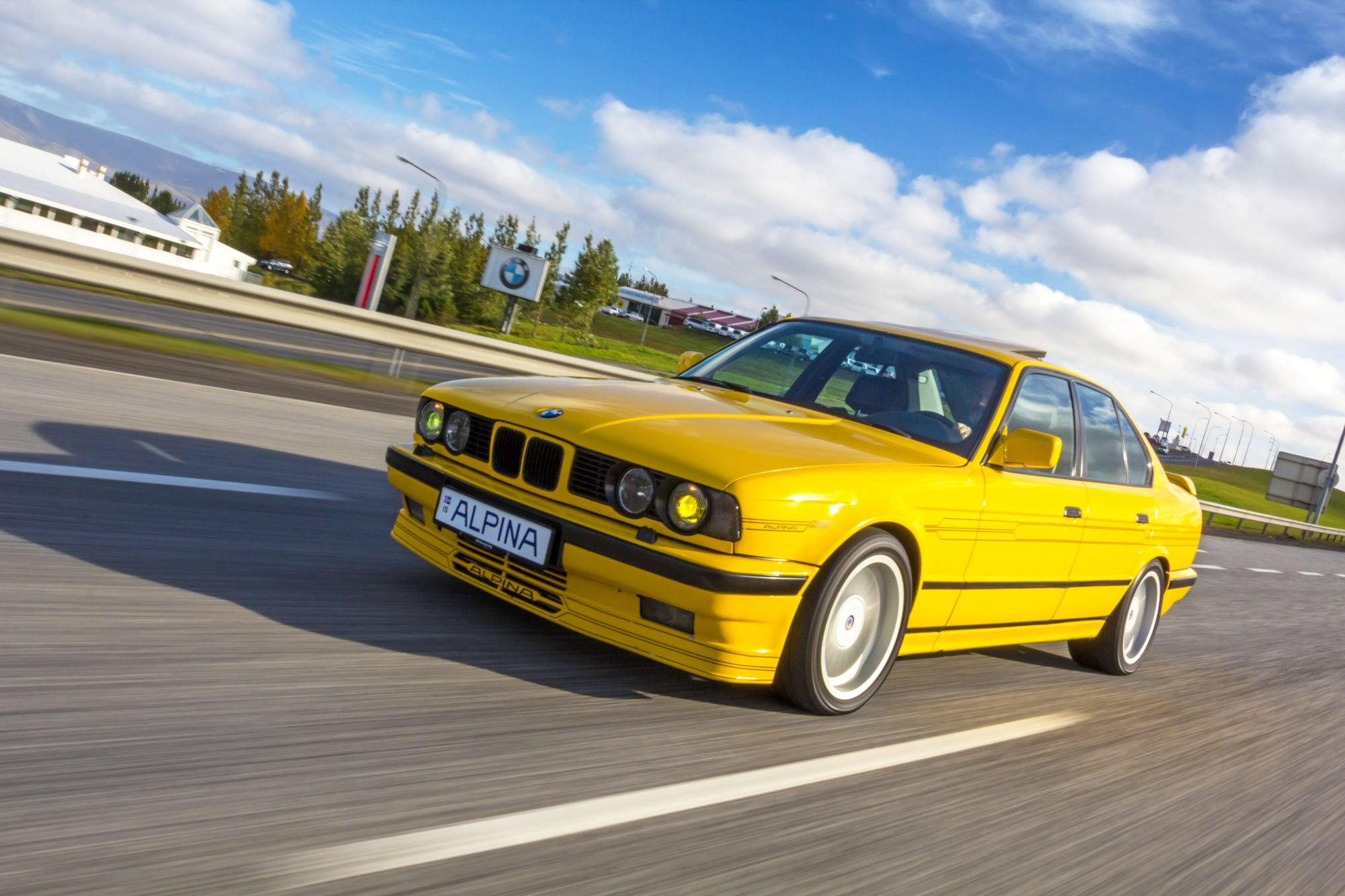 here-s-a-1989-bmw-5-series-tuned-by-alpina-to-nearly-top-200-mph-1476934185336-2000x1333