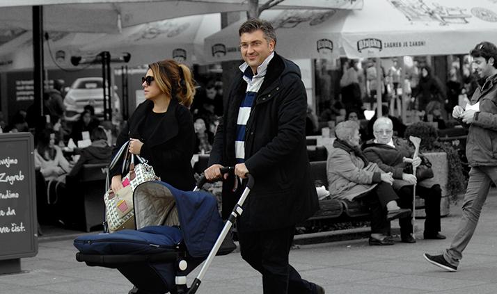 Obitelji Plenković se početkom 2017. godine pridružila djevojčica Mila, a premijer nije mogao skrivati sreću zbog prinove