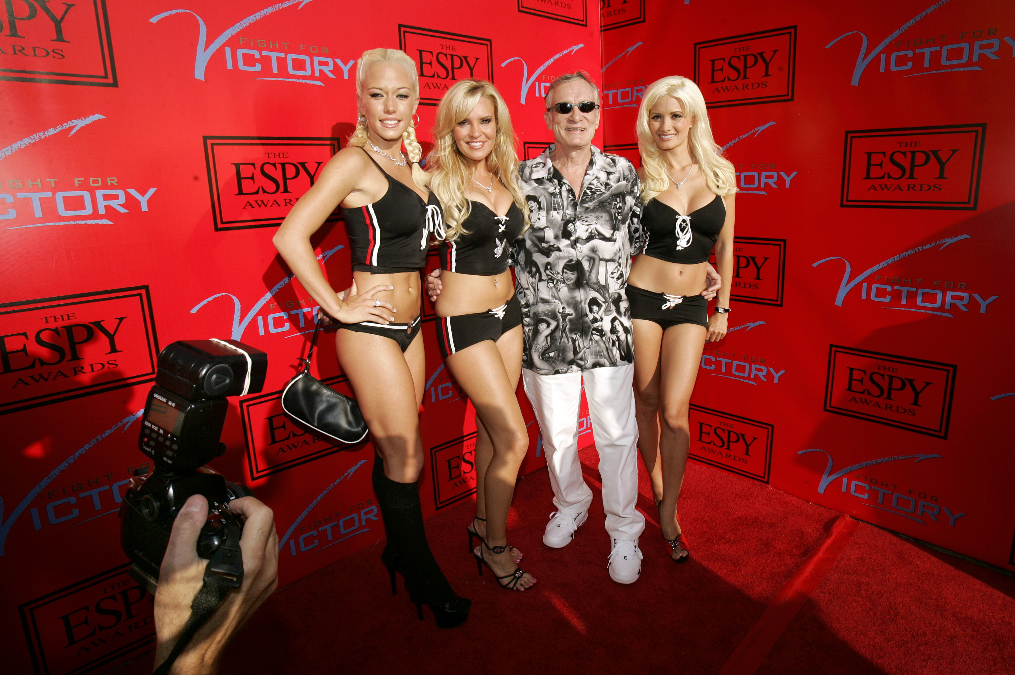 Hugh Hefner, Kendra Wilkinson, Bridget Marquardt i Holly Madison