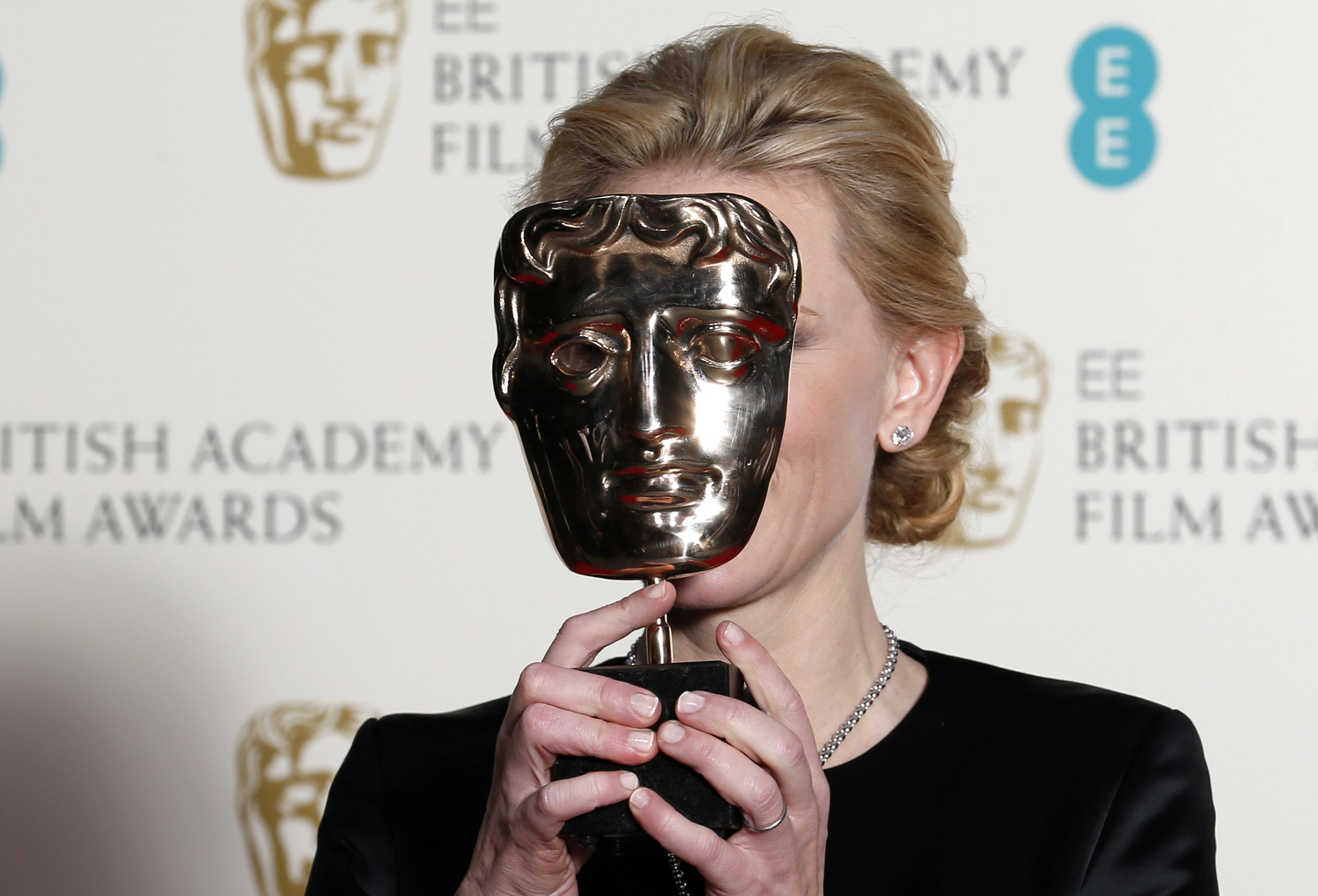 Cate Blanchett s nagradom BAFTA-e 2014.