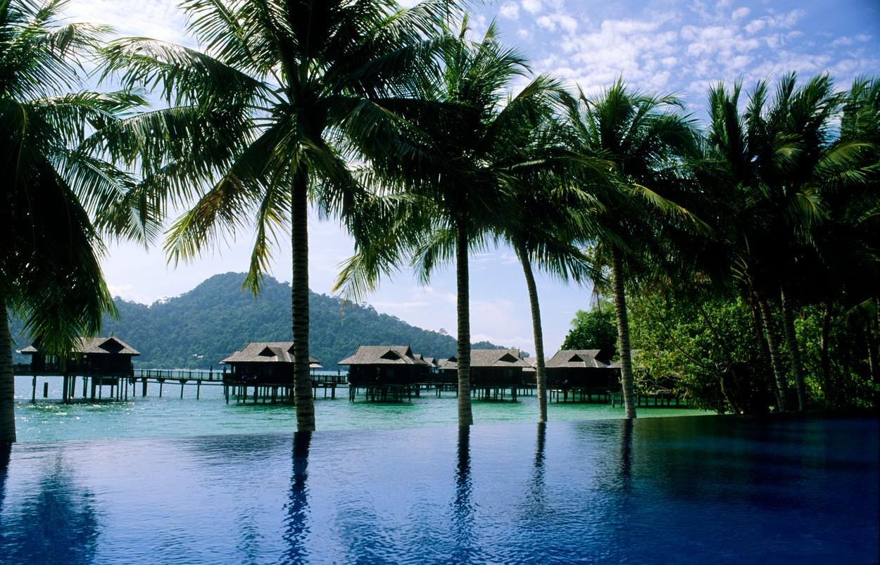 piscina sulla royal bay, pangkor laut resort, malaysia, asia, Image: 43596182, License: Rights-managed, Restrictions: W286951, Model Release: no, Credit line: Profimedia, Marka