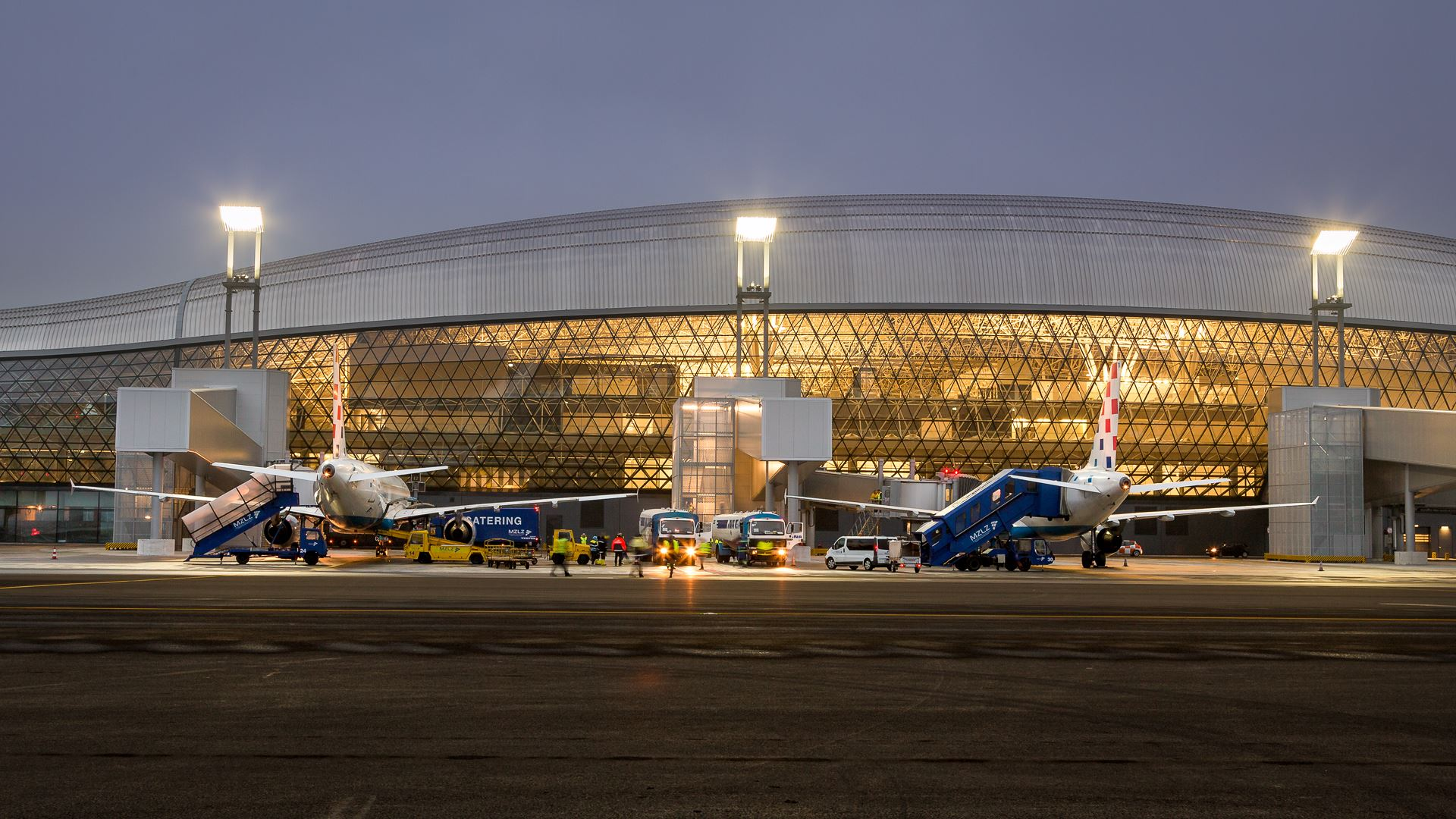 Jutarnji List Foto Prvi Zrakoplovi Stigli Na Novi Terminal Posljednja Testiranja U Zracnoj Luci Franjo Tuđman Prije Sluzbenog Otvaranja