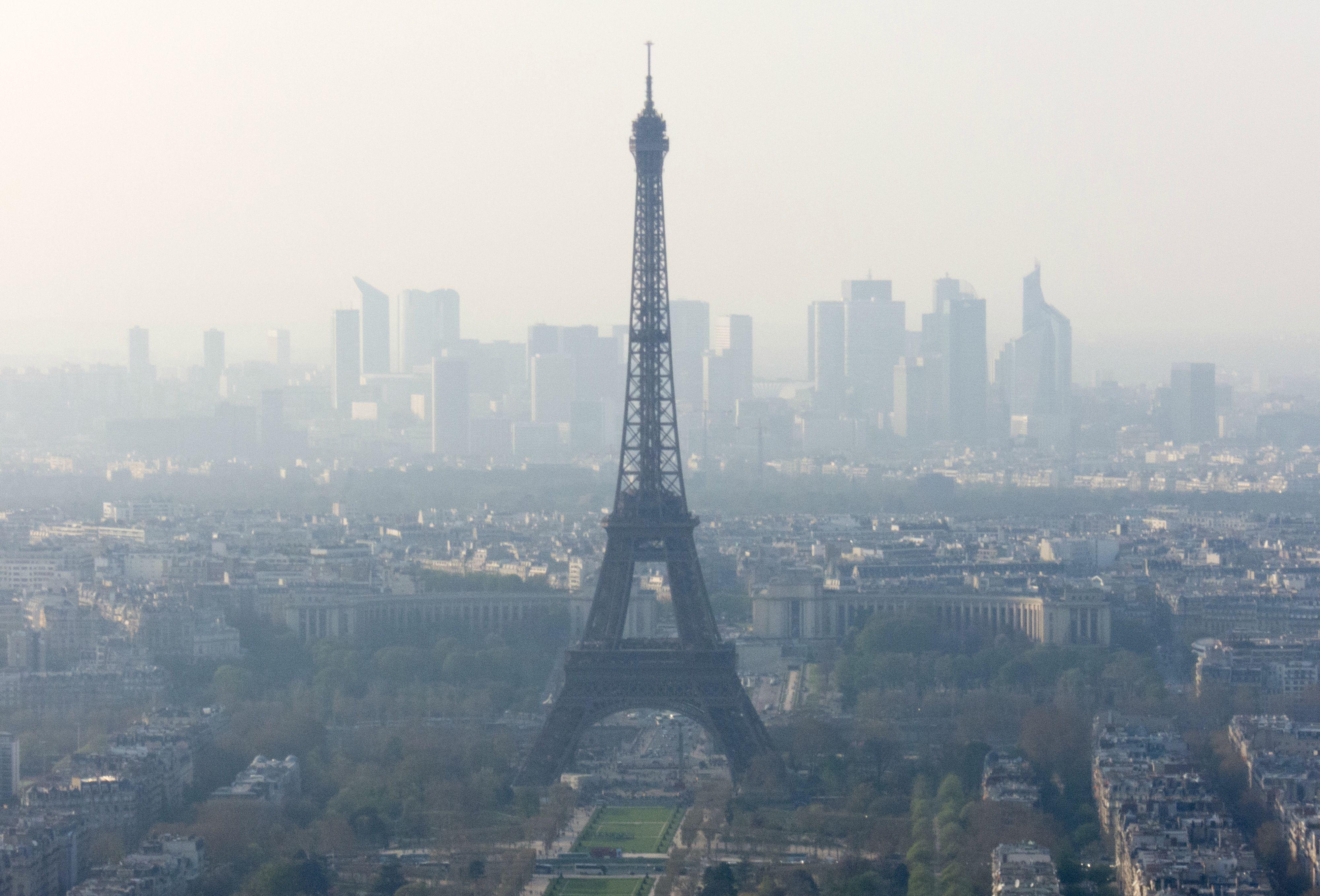 pollution_paris_creditalberto_hernandez_flickr