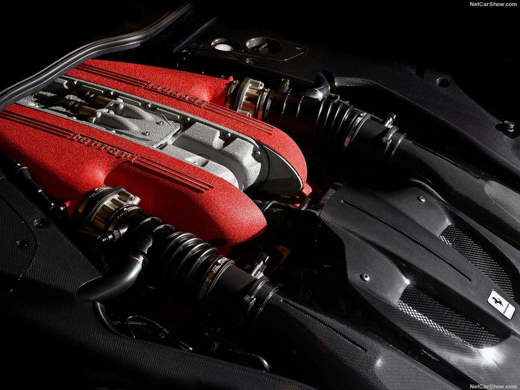 Ferrari-F12tdf-2016-1024-0e