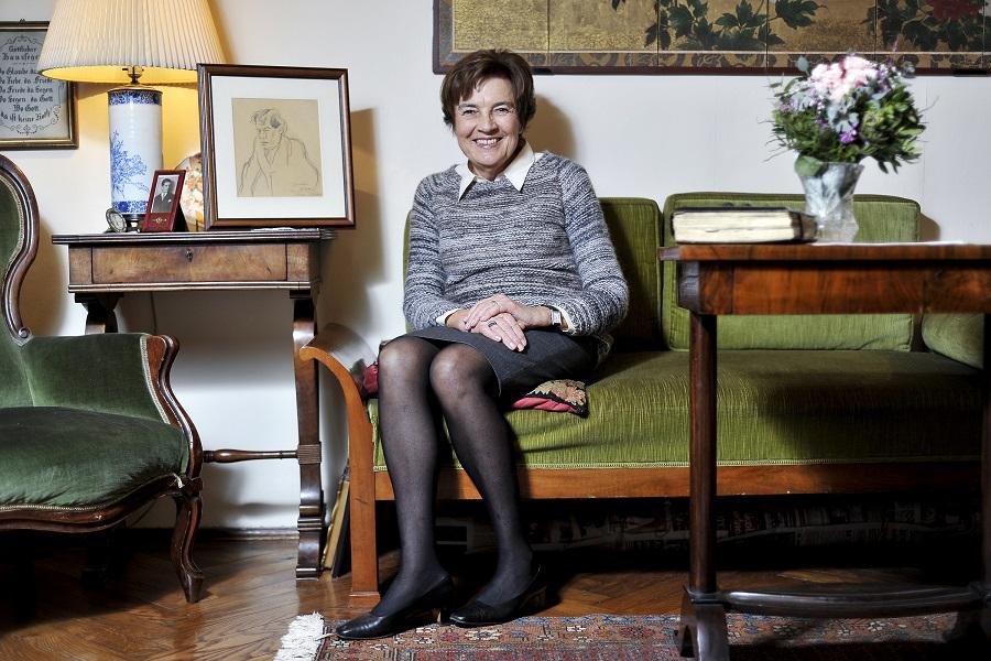 Zagreb, 271215. Yvonne Vrhovac, unuka Branka Gavelle, fotografirana u svom domu u Hebrangovoj.Foto: Boris Kovacev / CROPIX