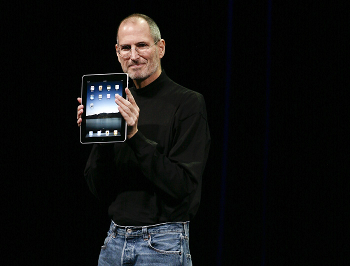 Apple Inc. CEO Steve Jobs announces the new iPad as he speaks during an Apple Special Event at Yerba Buena Center for the Arts January 27, 2010 in San Francisco, California. Apple introduced its latest creation, the iPad, a mobile tablet browsing device that is a cross between the iPhone and a MacBook laptop. AFP PHOTO/RYAN ANSON
