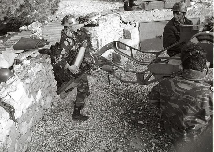 Zirje, 1991.Domovinski rat, garda, zng, topovi.Foto: Srdjan Vrancic / Cropix