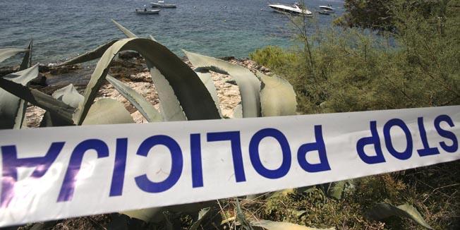 Hvar, 020809.Ocevid na plazi gdje je silovana drzavljanka Norveske.Foto: Damjan Tadic / CROPIX
