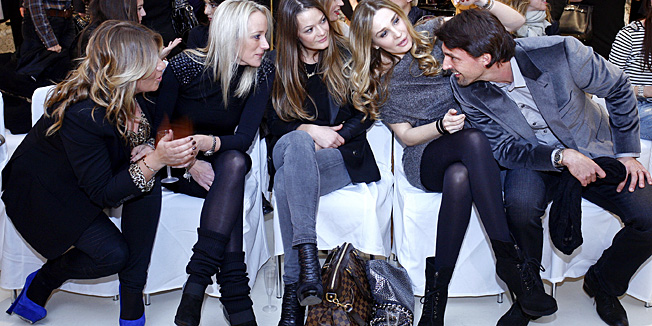 Zagreb, 151210.U Nicolas Concept Store-u u Kaptol centru odrzana je modna revija sa pariskog tjedna mode za proljece/ljeto 2011., YSL, Lanvin, Celine.Na slici: Jasmina Bagaric (prva s llijeva), Tanja i Goran Ivanisevic.Foto: Neja Markicevic / CROPIX