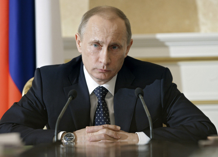 Russia's Prime Minister Vladimir Putin chairs his cabinet's presidium meeting in Moscow February 4, 2010. REUTERS/Ria Novosti/Alexei Druzhinin/Pool (RUSSIA - Tags: POLITICS HEADSHOT)