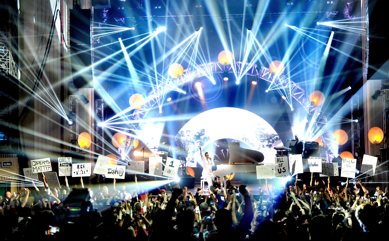 Nastup Alicije Keys na MTV EMA 2014.