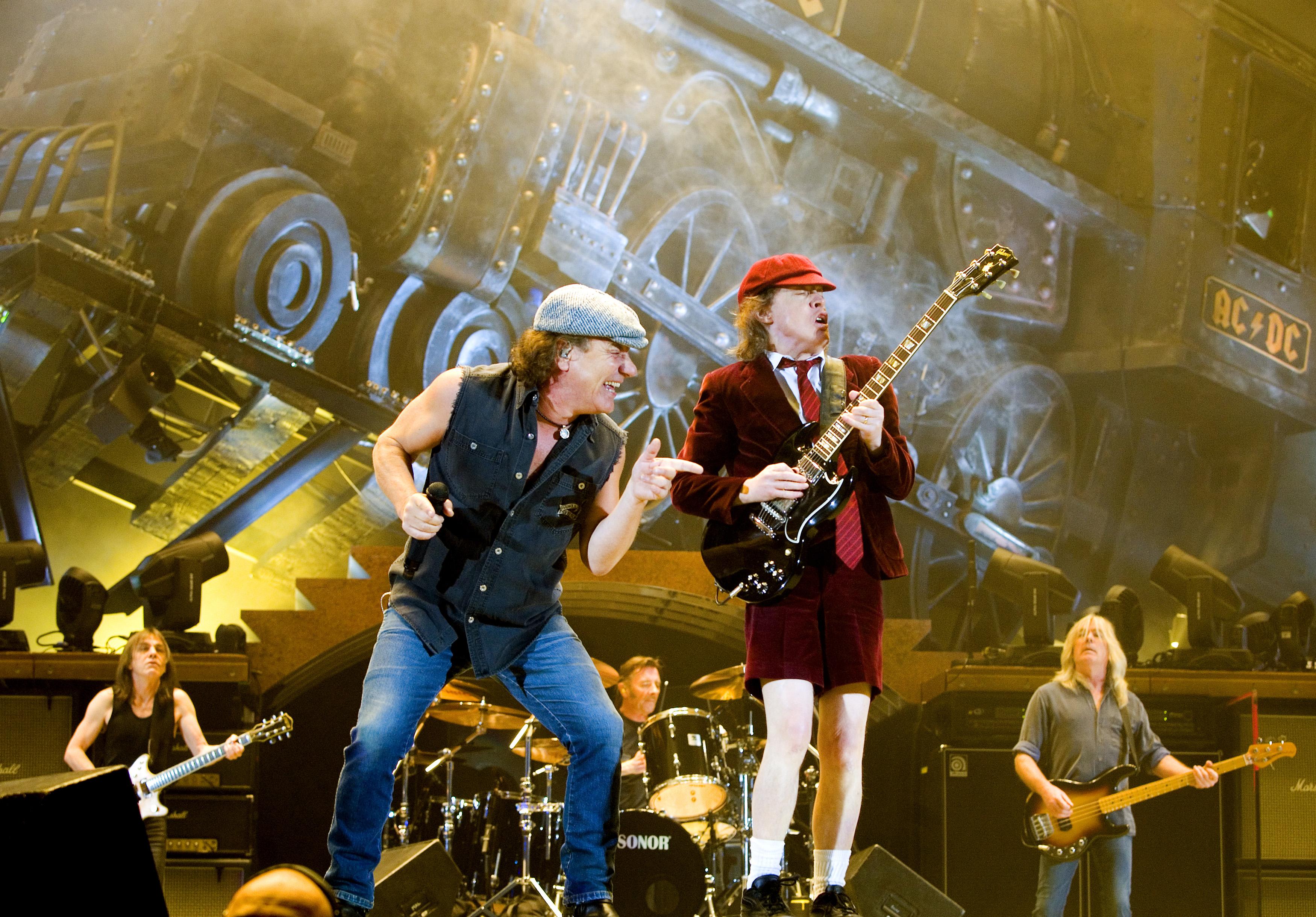 Brian Johnson i Malcolm Young, AC/DC
