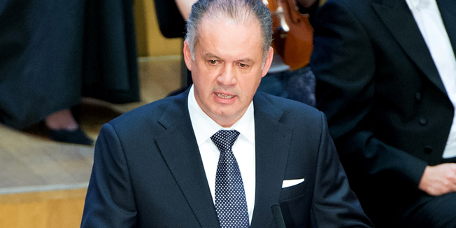 Slovakia's President-elect Andrej Kiska delivers his speach shortly after he took the Presidential oath during a Parliamentary session taking place at the Bratislava's philharmonic hall Reduta in Bratislava, on June 15, 2014. A non-aligned centrist who made his fortune in the consumer-credit business, the 51-year-old Kiska is Slovakia's first president since independence in 1993 without a past in the Communist party.AFP PHOTO/JOE KLAMAR