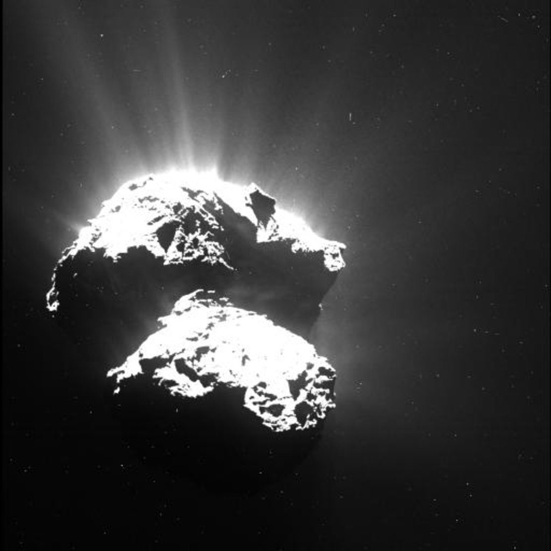 Komet 67P/Čurjumov-Gerasimenko koji je snimila Rosetta s udaljenosti od oko 170 km