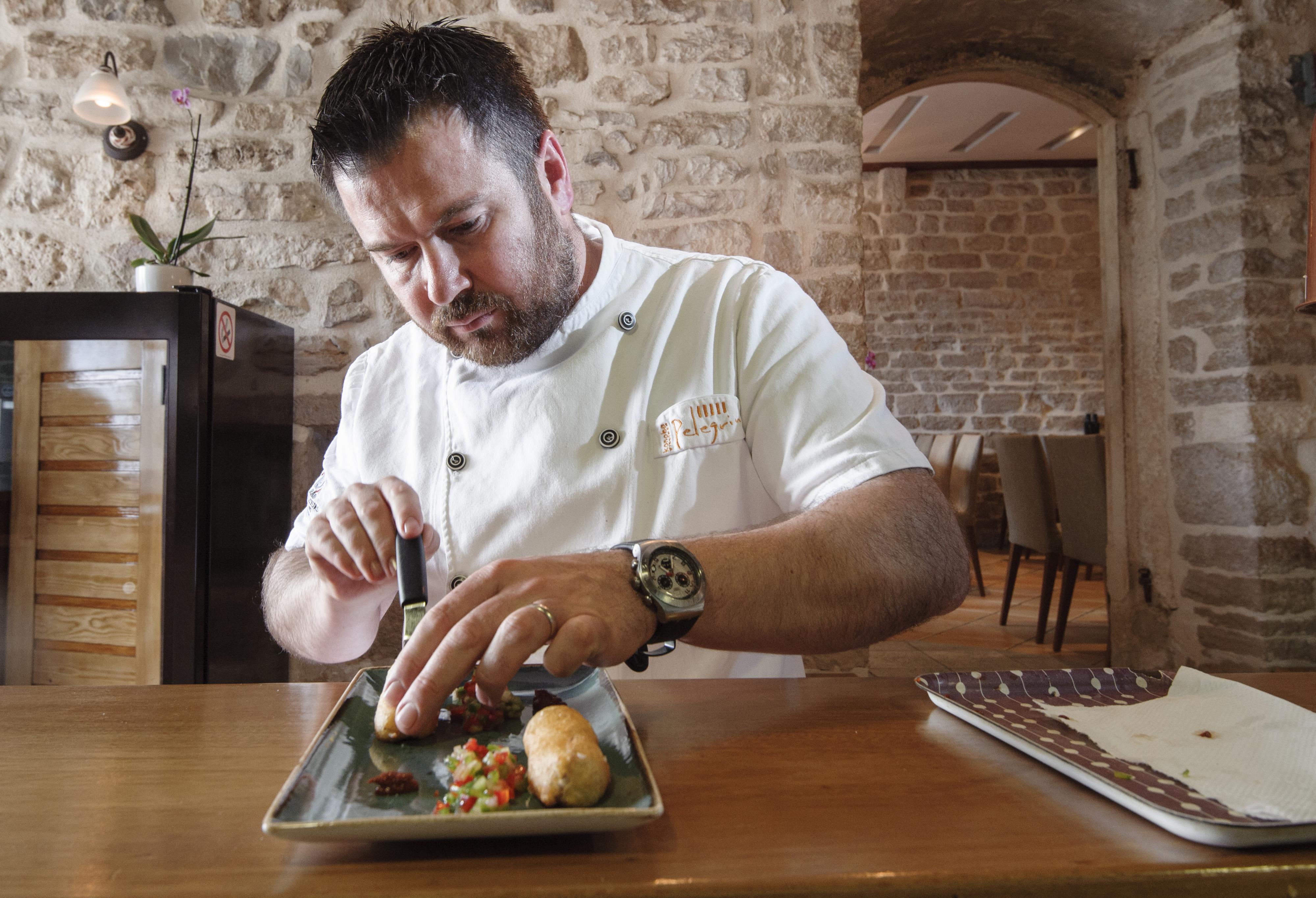 Sibenik, 170415. Konoba Pelegrini.  Na fotografiji: chef Rulolf Stefan. Foto: Tom Dubravec / CROPIX