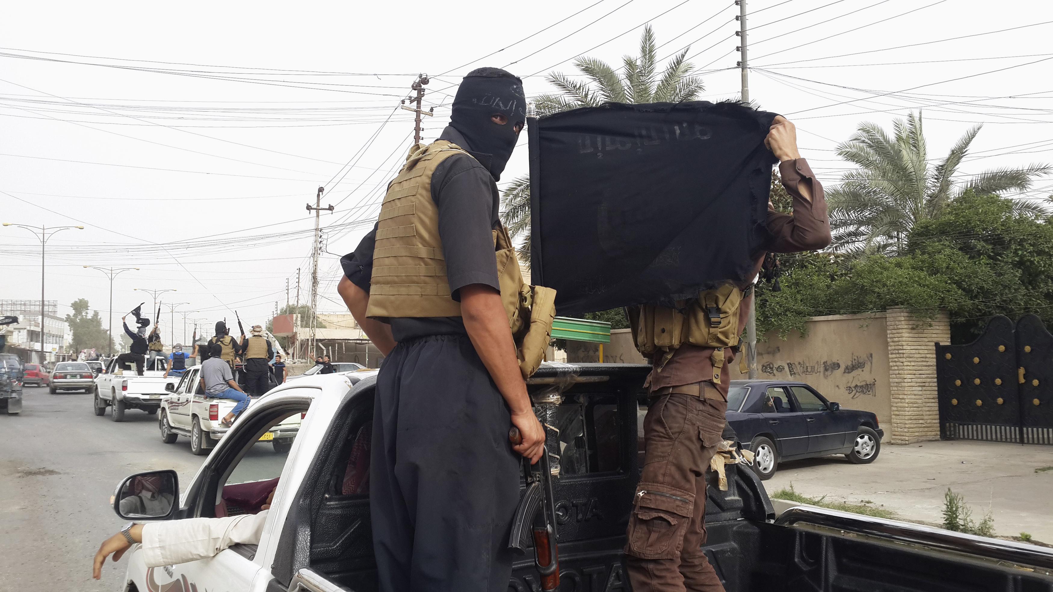 Arhivska fotografija: Borci ISIS-a u Mosulu