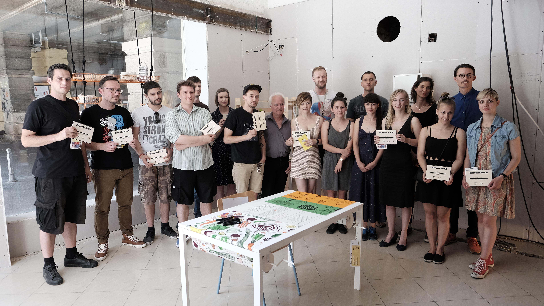 Natjecatelji Hacking IKEA