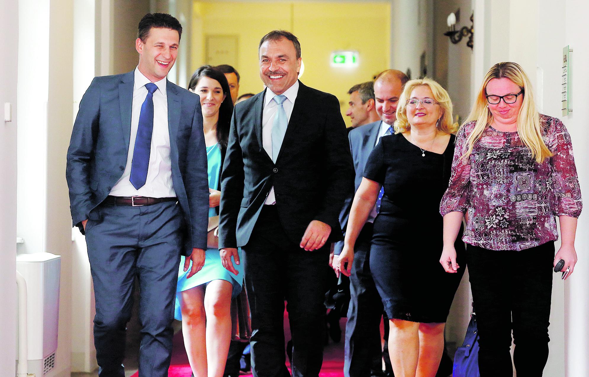 Božo Petrov, Vlaho Orepić i Ines Strenja Linić
