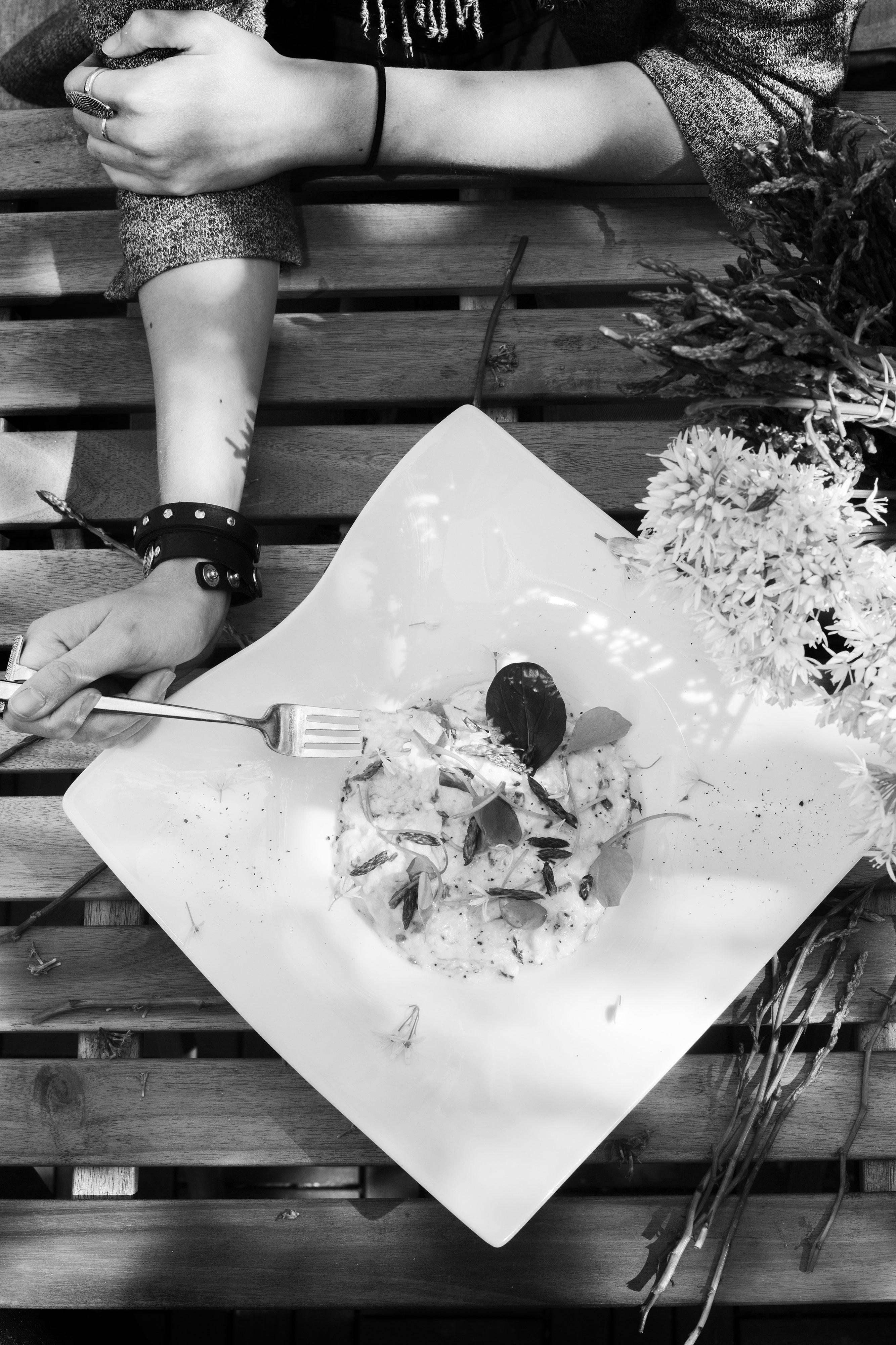 Rijeka, 210416. Novi gastro kutak Pijaca 21 u neposrednoj blizini gradske trznice nudi zanimljiva jela i marende pod vodstvom Denisa Zembe i uz vodjenje Rade Malobabica. Foto: Berislava Picek / CROPIX