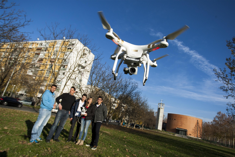 U Geodetskoj školi u Zagrebu koriste dron u nastavi