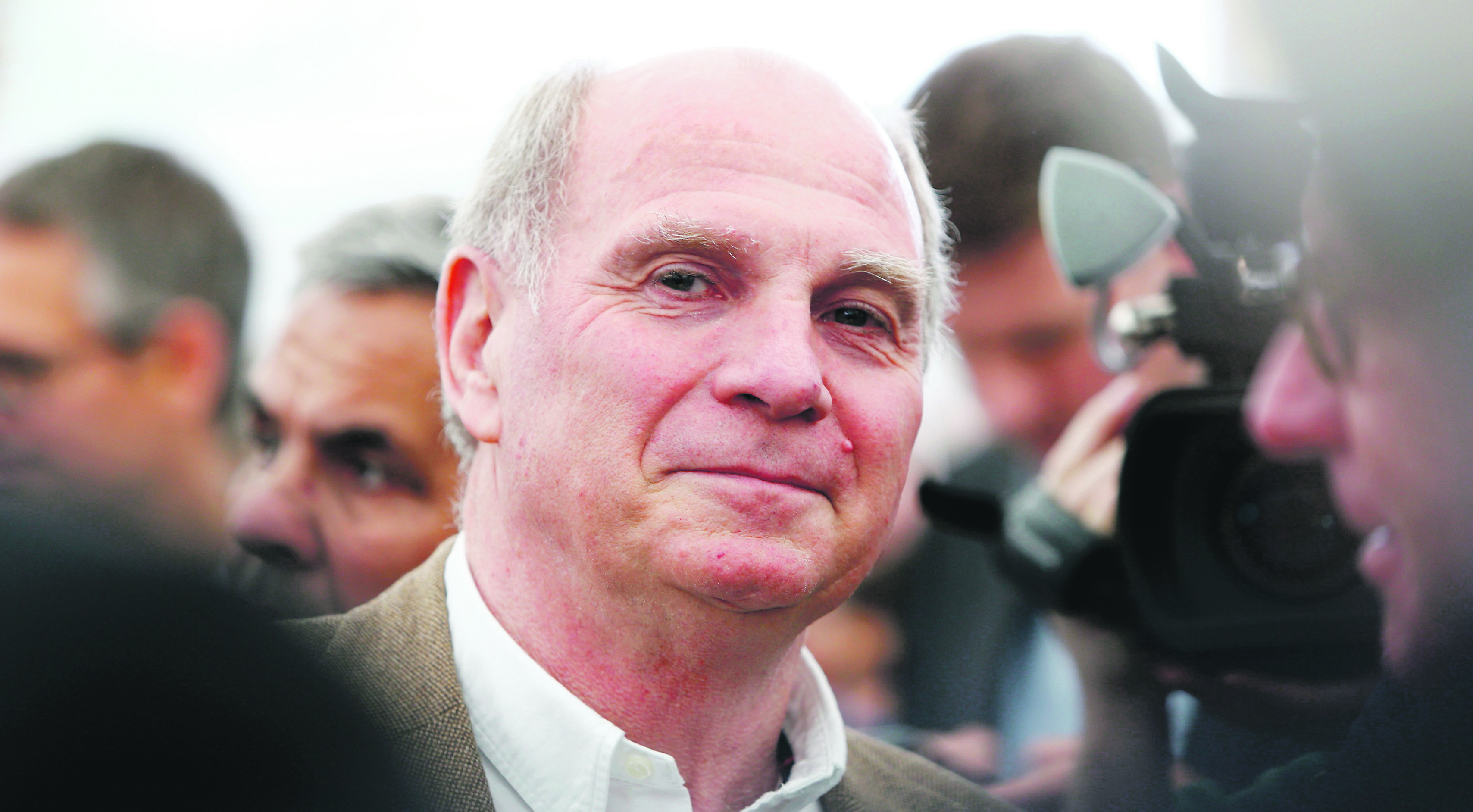 Former Bayern Munich president Uli Hoeness arrives for the official foundation stone laying ceremony of Bayern Munich's youth training centre in Munich, southern Germany, October 16, 2015. The construction project will cost about 70 million Euro and will open the doors in summer 2017. REUTERS/Michaela Rehle