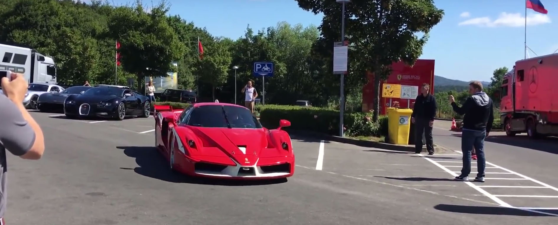 russian-billionaire-roman-abramovich-parades-his-supercars-on-the-nurburgring_2