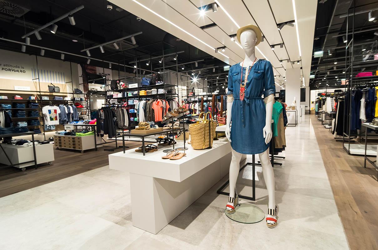 xyz_fashion_store_citycenteroneeast_zagreb_new_opening-8.bin