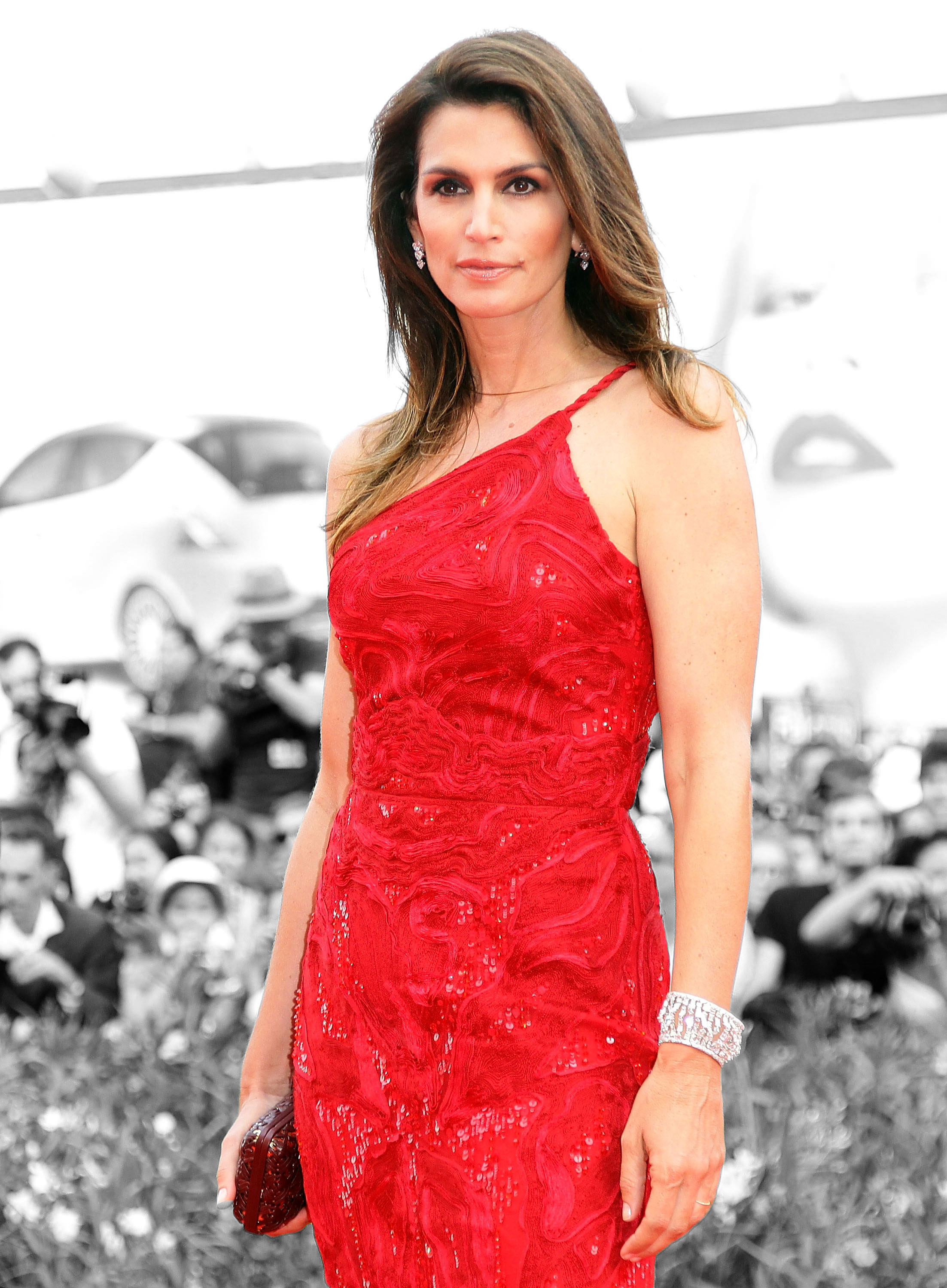 cindy-crawford_cover-fotka_GettyImages-123214625-(1)