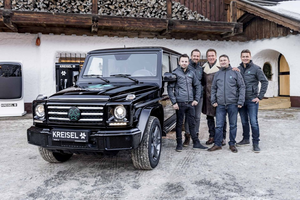 austrian-company-makes-electric-g-class-arnold-schwarzenegger-gets-to-drive-it-114844_1