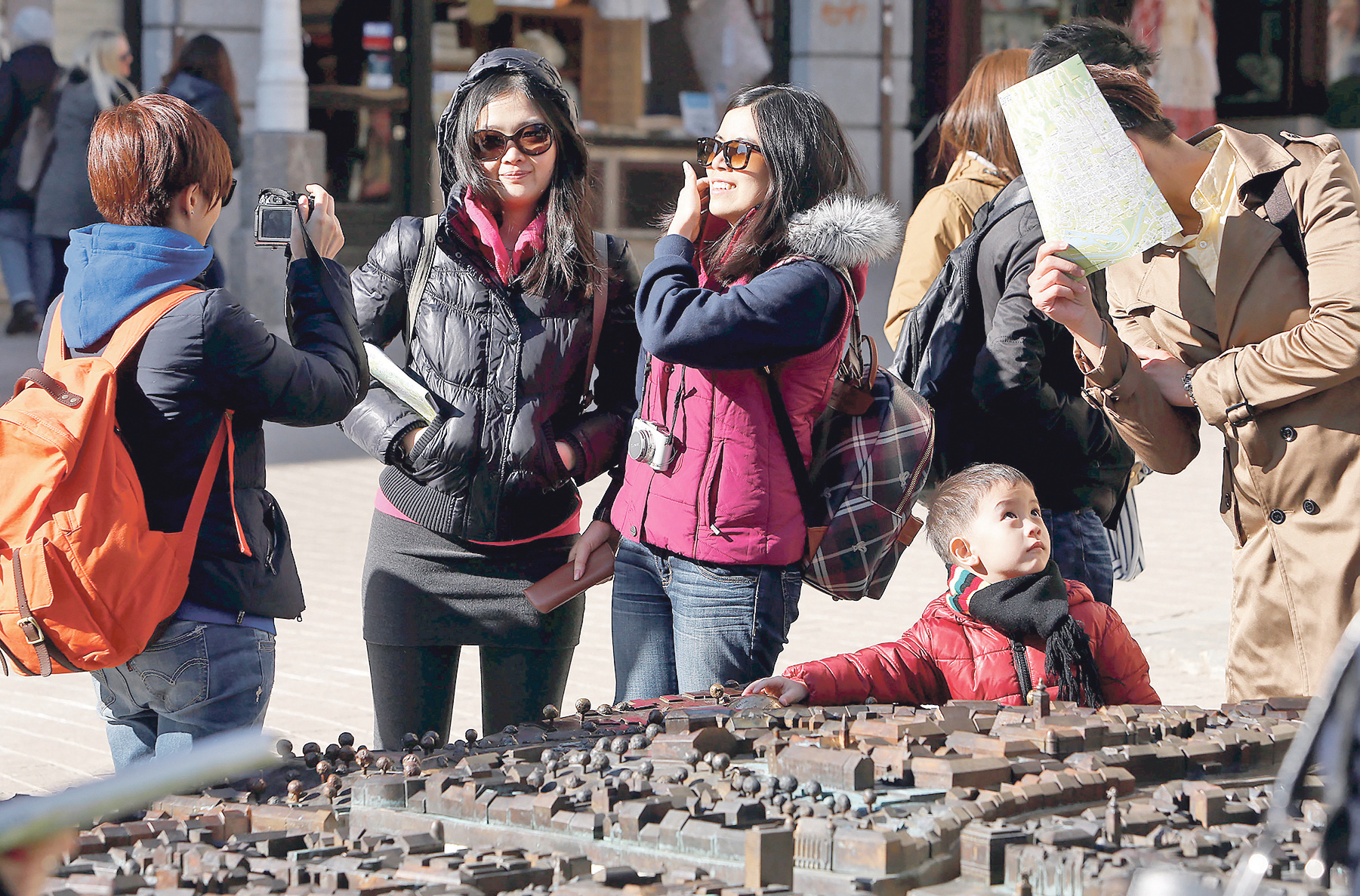 turisti_grad1-190