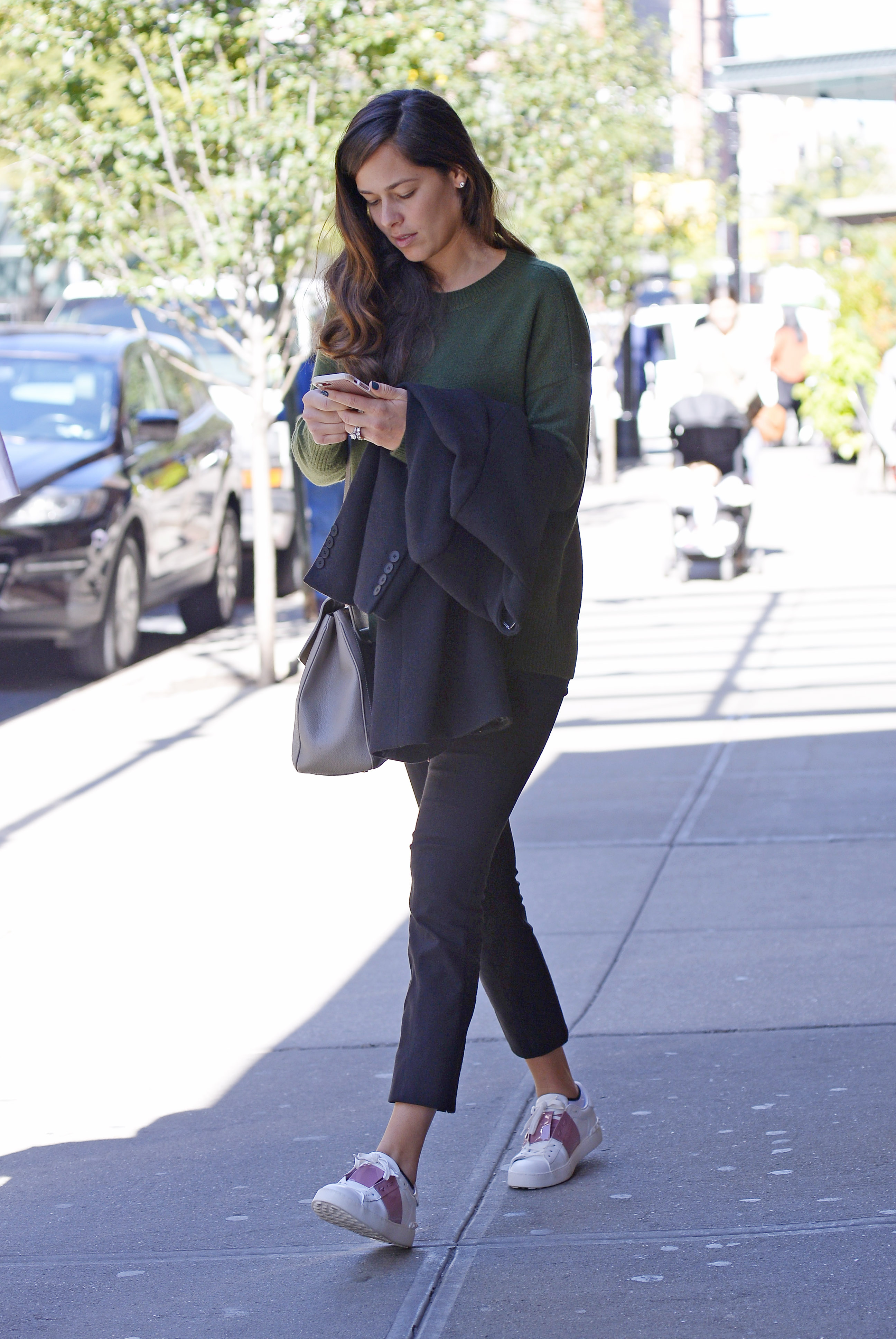 EXCLUSIVE: Ana Ivanovic, rumored to be pregnant, texts on her iPhone while checking out of the Greenwich Hotel in New York City, New York. <P> Pictured: Ana Ivanovic <B>Ref: SPL1605190  191017   EXCLUSIVE</B><BR/> Picture by: Edward Opi / Splash News<BR/> </P><P> <B>Splash News and Pictures</B><BR/> Los Angeles:310-821-2666<BR/> New York:212-619-2666<BR/> London:870-934-2666<BR/> <span id=