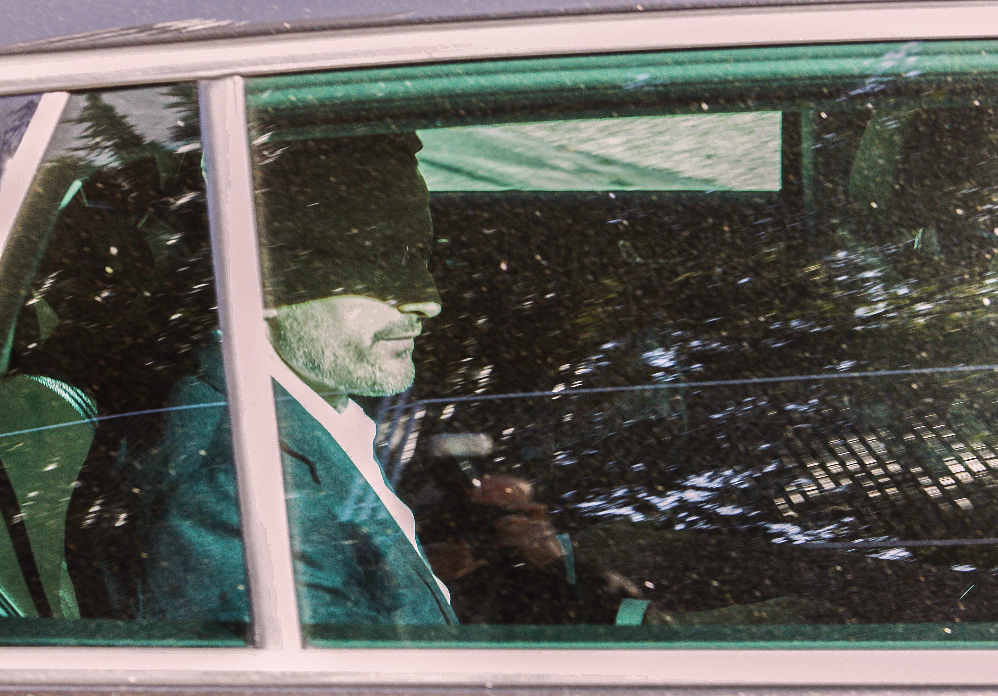 Zagreb, 201017. Savska 41,  Ante Todoric priveden je na saslusanje u Drzavno odvjetnistvo RH. Na fotografiji: Ante Todoric izlazi iz zgrade odvjetnistva. Foto: Zeljko Puhovski / CROPIX