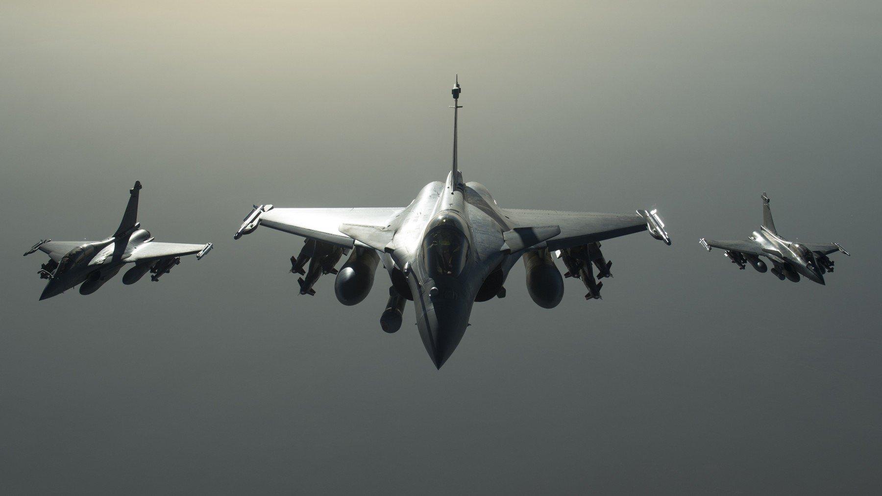 Francuski Dassault Rafale borbeni zrakoplovi iznad Sirije
