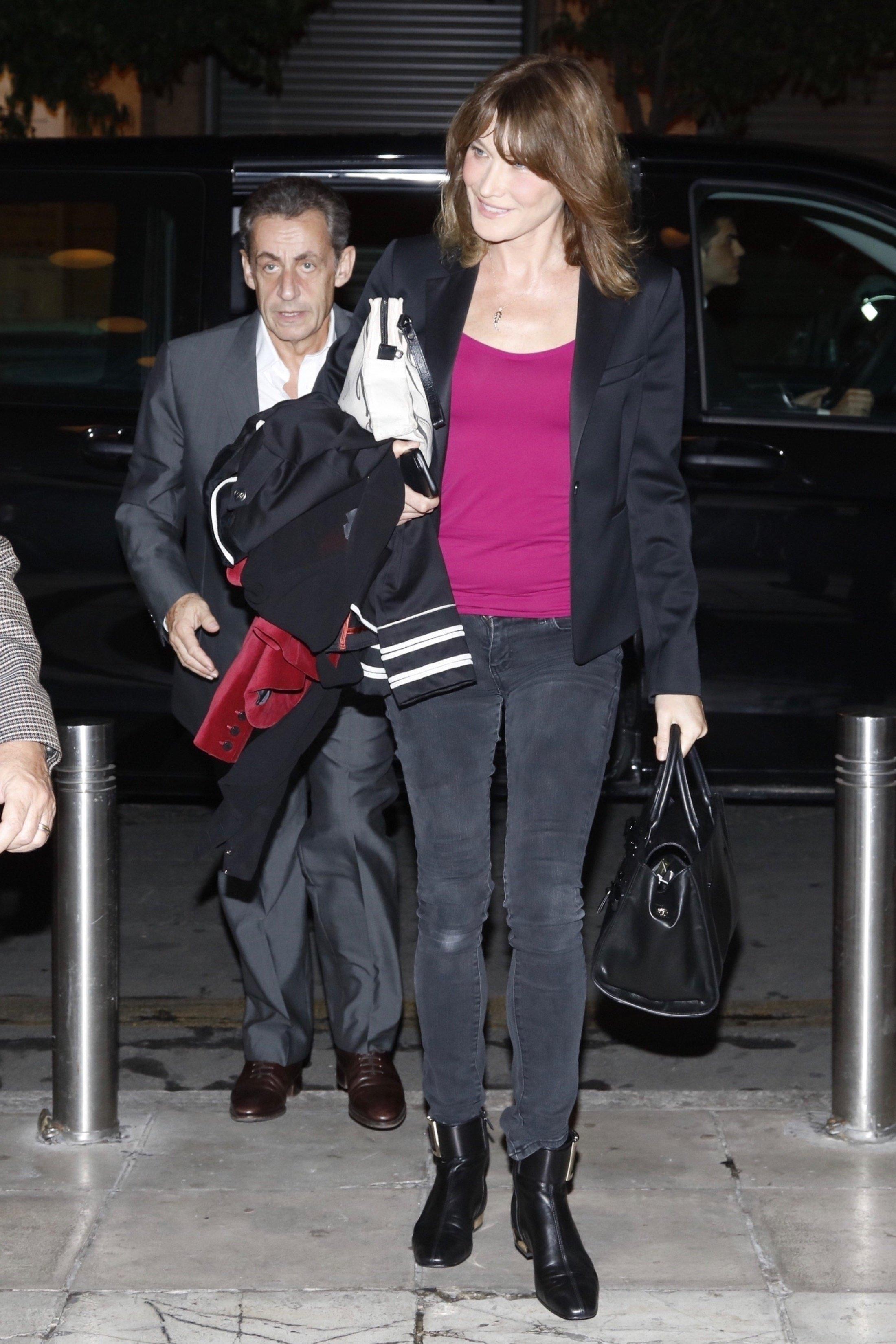Carla Bruni nakon nastupa u Ateni
