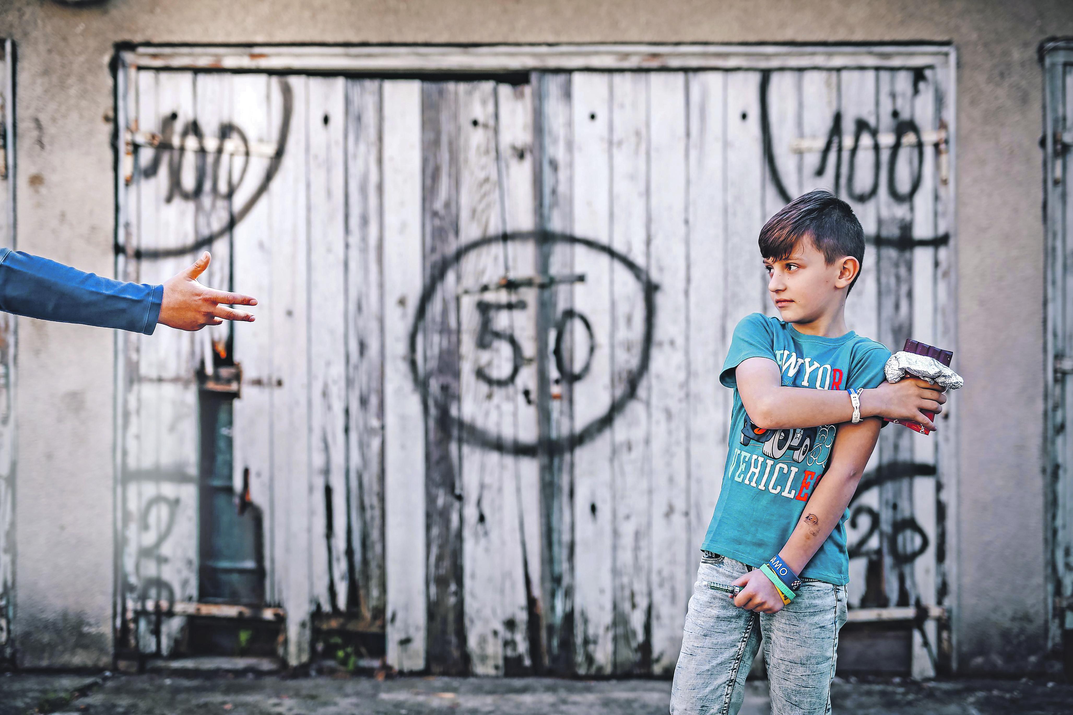 Novska, 201017. Patrik Krmpotic ucenik osnovne skole Novska boluje od dijabetesa.Njegovi roditelji Josipa i Dominik se bore za njegovu zdravstvenu sigurnost u skoli. Na fotografiji Patrik Krmpotic. Foto: Danijel Soldo / CROPIX