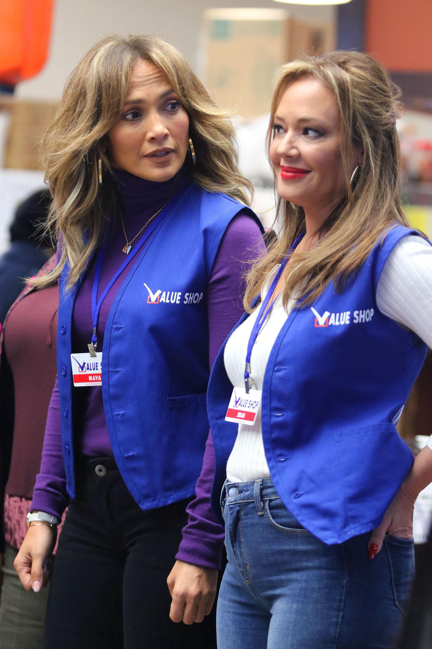 Jennifer Lopez and BFF costar Leah Remini filming scenes for their upcoming movie Second Act where they will be playing supermarket workers in Astoria. New York, NY - Tuesday October 24, 2017, Image: 353787302, License: Rights-managed, Restrictions: , Model Release: no, Credit line: Profimedia, Pacific coast news