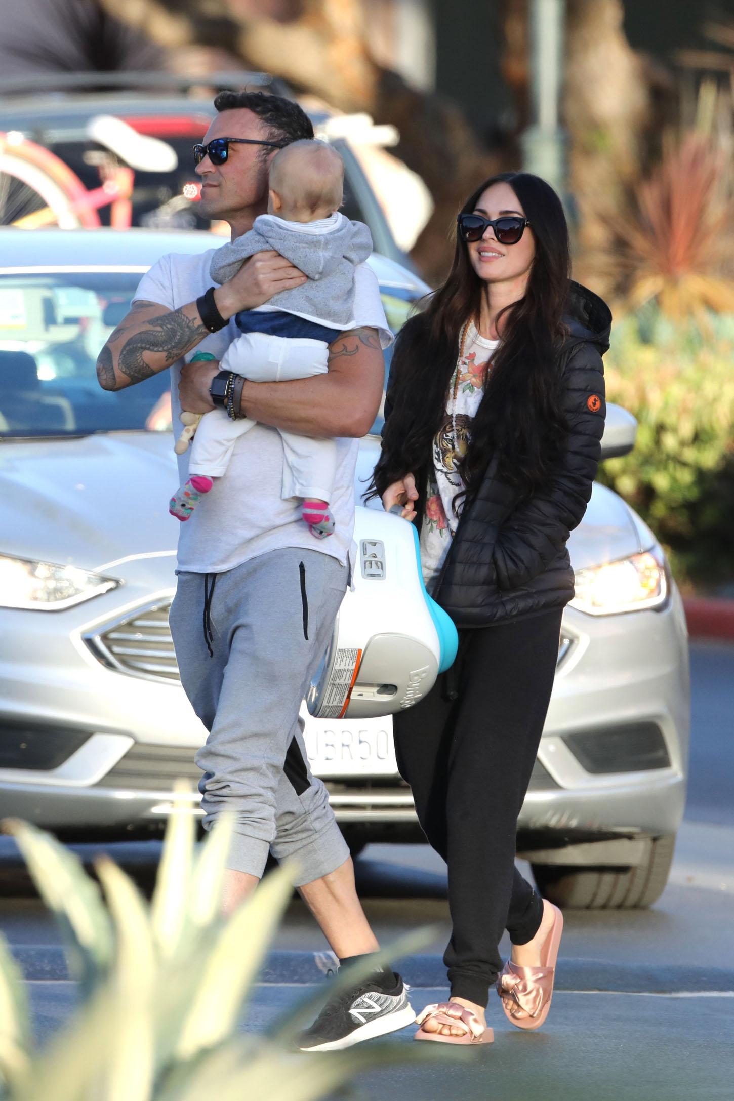 Megan Fox sa suprugom i sinom Journeyjem