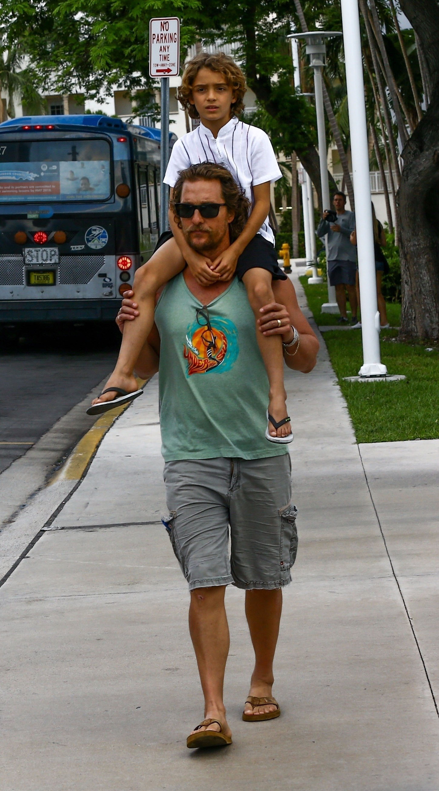 Miami Beach, FL  - Matthew McConaughey enjoys a Friday evening out with his family after lunch including his wife Camila Alves and their kids Levi, Vida, and Linvingston. The family look casual as they walk down the street.  Pictured: Matthew McConaughey, Camila Alves, Levi Alves McConaughey, Vida Alves McConaughey, Livingston Alves     *UK Clients - Pictures Containing Children Please Pixelate Face Prior To Publication*, Image: 354060317, License: Rights-managed, Restrictions: , Model Release: no, Credit line: Profimedia, AKM-GSI