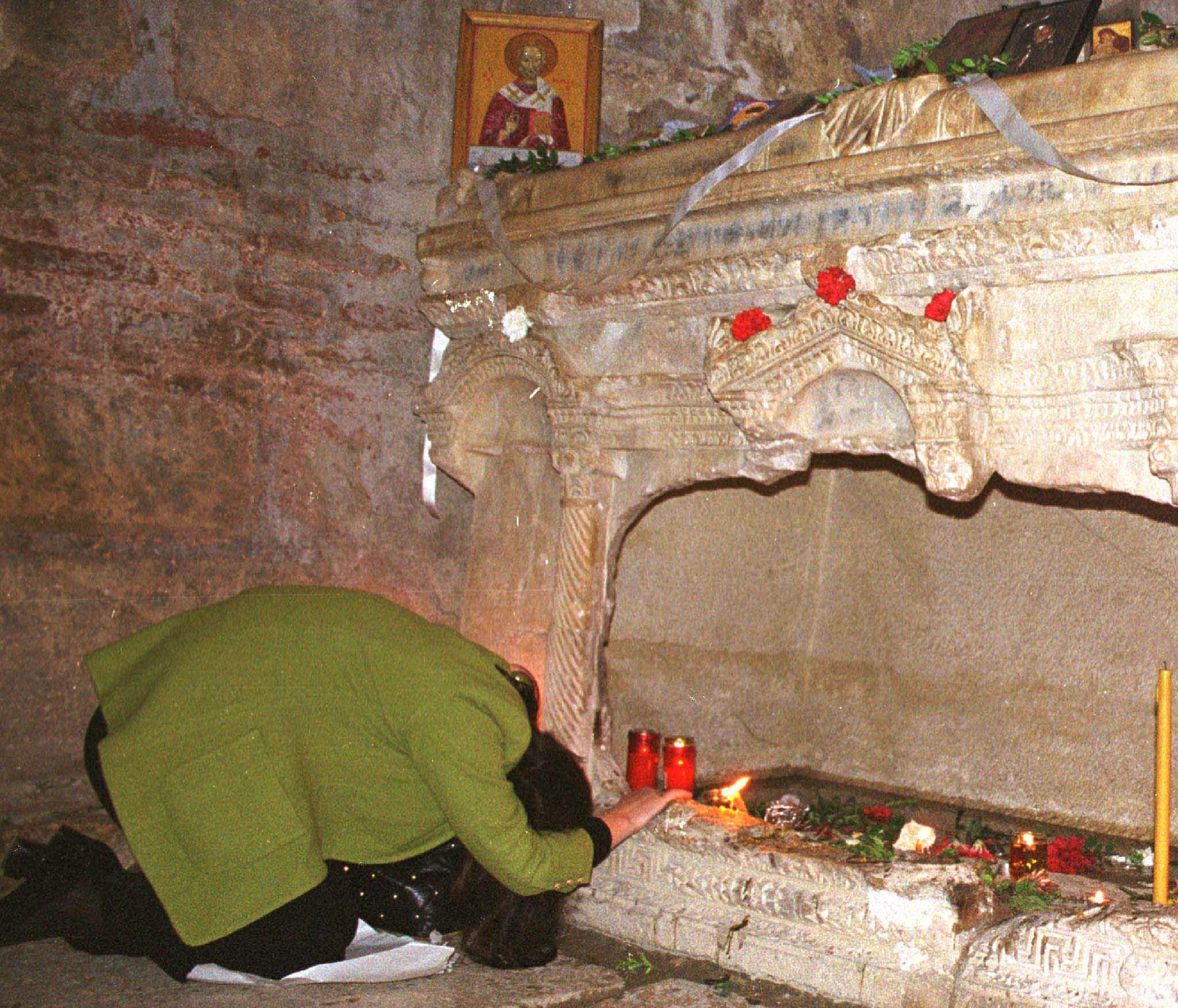 Sarkofag Svetog Nikole