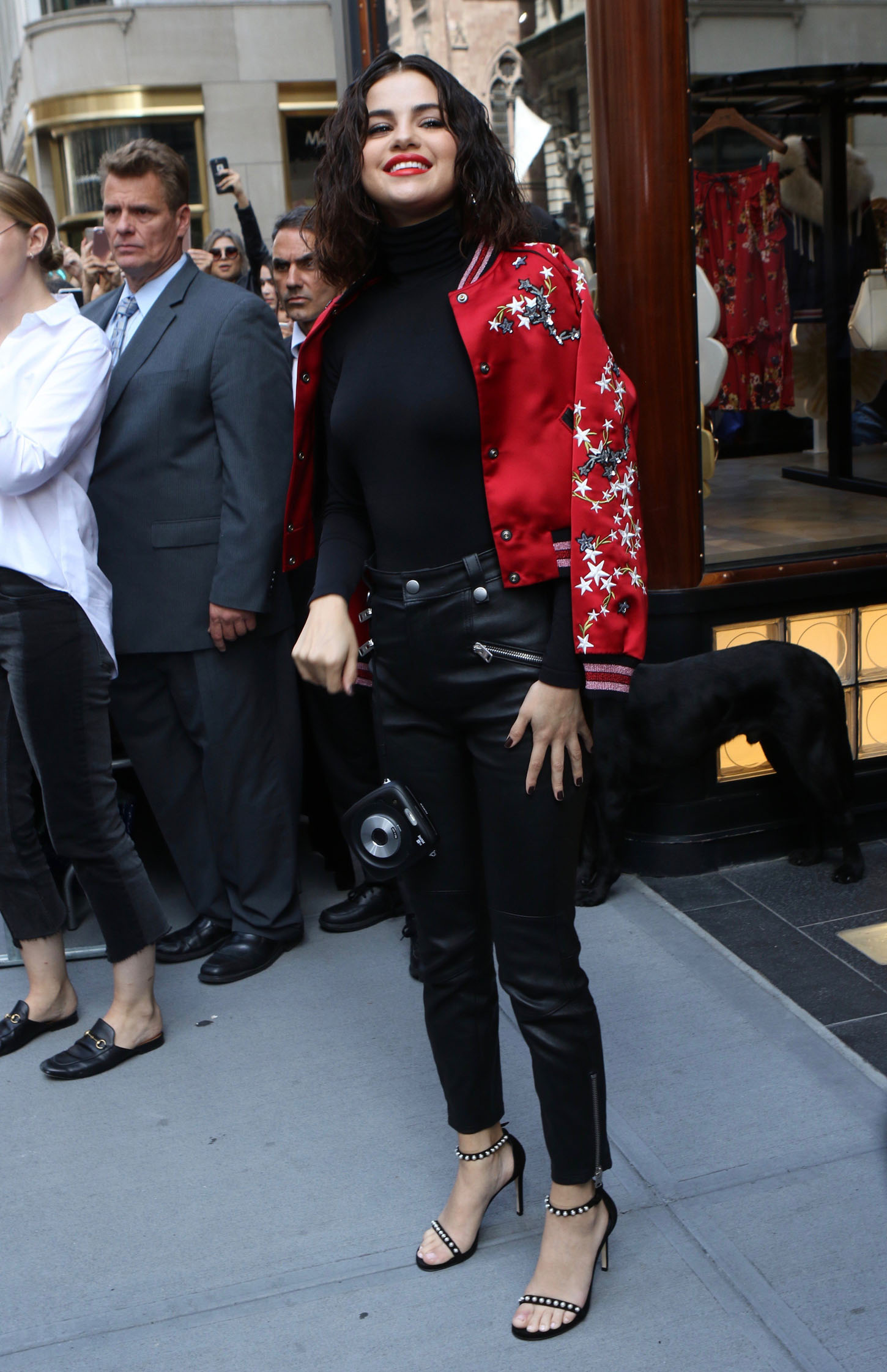 , New York, NY, 9/13/2017 - Selena Gomes Sighting in Manhattan  -Selena Gomes -Nancy Rivera/INSTARimages.com -Instar_Selena_Gomez_0730688598.JPG Ref.: infusny-220 Editorial Rights Managed Image - Please contact www.INSTARimages.com for licensing fee and rights: North America Inquiries: email sales@instarimages.com or call 212.414.0207 - UK Inquiries: email ben@instarimages.com or call + 7715 698 715 - Australia Inquiries: email sarah@instarimages.com.au  or call +02 9660 0500 – for any other Country, please email sales@instarimages.com.  Image or video may not be published in any way that is or might be deemed defamatory, libelous, pornographic, or obscene / Please consult our sales department for any clarification or question you may have - http://www.INSTARimages.com reserves the right to pursue unauthorized users of this image or video. If you are in violation of our intellectual property you may be liable for actual damages, loss of income, and profits you derive from the use of this image or video, and where appropriate, the cost of collection and/or statutory damage., Image: 349317163, License: Rights-managed, Restrictions: , Model Release: no, Credit line: Profimedia, INSTAR Images