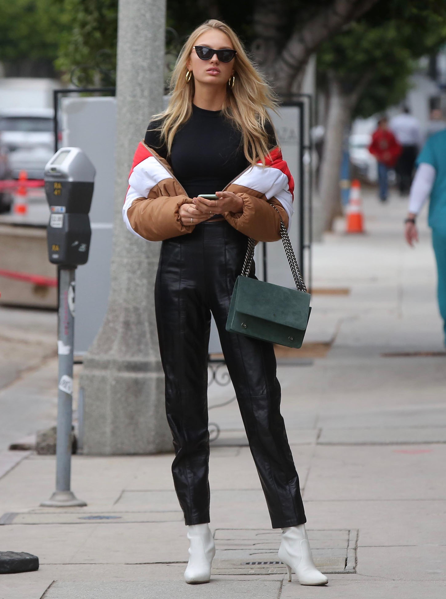 , Beverly Hills, CA - 11/02/2017 - Romee Stridj Shopping on Robertson Boulevard  -PICTURED: Romee Stridj -, Image: 354488823, License: Rights-managed, Restrictions: , Model Release: no, Credit line: Profimedia, INSTAR Images